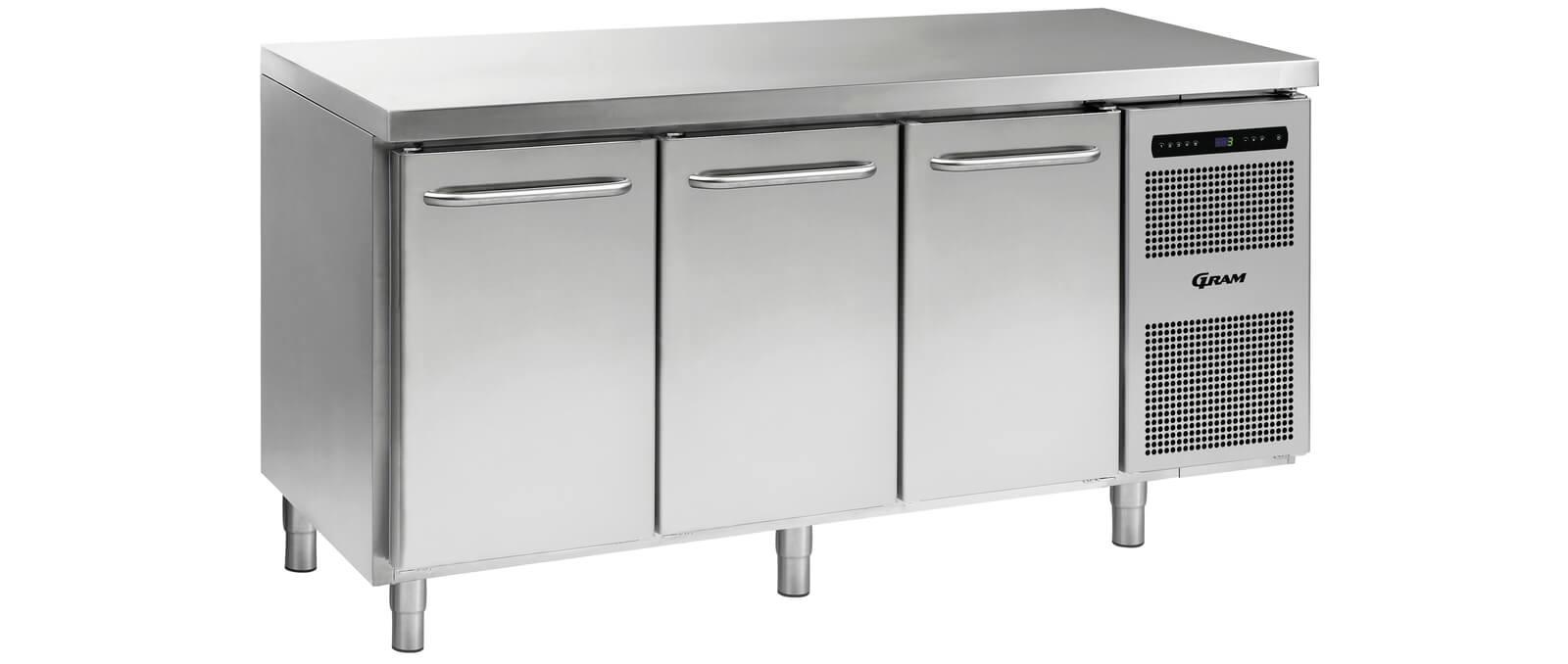 energy-efficient-bench-refrigeration