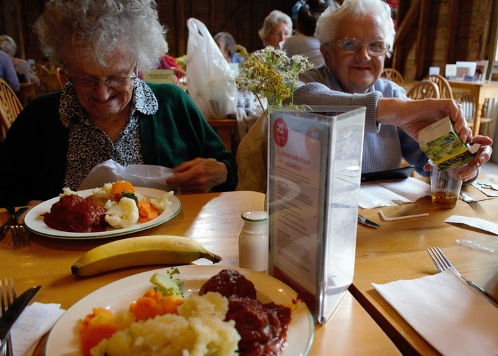 How Baby Boomers are Changing Aged Care Foodservice