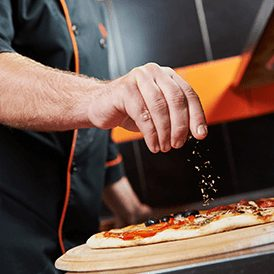 Fresh-artisan-pizza-fast-cooking